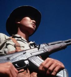 385px-Viet_Cong_soldier_DD-ST-99-042981.jpg
