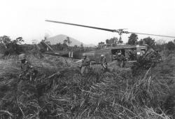attleboro-us-infantry-deploy-from-uh-1d-vietnam.jpg