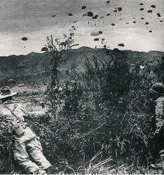 parachutistes-di-n-bi-n-ph.jpg